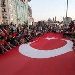 7 مشاهد مزيفة عن انقلاب تركيا بعضها من الثورة المصرية