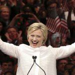 فيديو| توقعات بفوز كلينتون في انتخابات أمريكا بعد تقدمها في «التصويت المبكر»