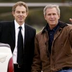 فيديو| ماذا فعل بوش وبلير بعد فشلهما في إقناع مجلس الأمن بحرب العراق