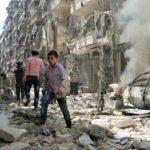 فيديو  المعارضة المسلحة تمنع المدنيين من مغادرة حلب