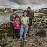 «من الموت إلى العزلة».. قصة عائلتين سوريتين على جزيرة أسكتلندية