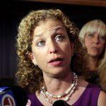 عاجل| استقالة رئيسة الحزب الديمقراطي الأمريكي بعد فضيحة التسريبات