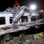 ارتفاع ضحايا تصادم قطارين في إيطاليا إلى 25 قتيلا و50 جريحا