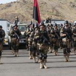 مقتل جنديين باكستانيين على يد مسلحين