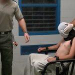 فيديو  على غرار سجن أبو غريب بالعراق.. تعذيب الأطفال في معتقل أسترالي