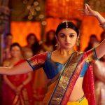 نجمة السينما الهندية عاليا بهات على خطى جنيفر لورانس