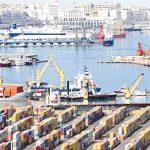 الاقتصاد الجزائري  في «الخانة الحمراء».. والدينار يسجل أدنى مستوى منذ الاستقلال