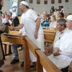 صحف فرنسية: المسلمون والمسيحيون جنبا إلى جنب في «وحدة مقدسة»