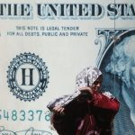 بعد توعد السيسي.. مصر تواصل حربها مع الدولار و«المركزي» يوقف 10 شركات صرافة