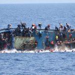 ارتفاع حصيلة غرقى سفينة مهاجرين قبالة تونس إلى 60 قتيلا