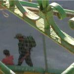 فيديو  جندي إسرائيلي يتعدى على طفلة فلسطينية في الخليل