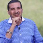 صورة عمرو خالد تكشف «زيف الإصلاح».. وترصد «بهجة الحياة»