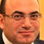 نائب مصري يطالب بزيادة عدد سنوات دراسة الطب إلى 10 سنوات