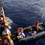 مصرع 74 مهاجرا على الأقل في غرق قارب قبالة سواحل ليبيا