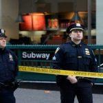 القبض على ضابط شرطة متقاعد بحوزته مسدس خارج برج ترامب في نيويورك