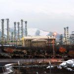 جرينبيس ترسل سوبرمان للاصطدام بمفاعل نووي فرنسي