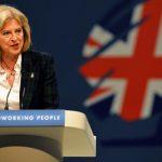 تيريزا ماي تسعى لطمأنة رجال الأعمال إلى مستقبل بريطانيا بعد «بريكست»