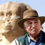 زاهي حواس: اكتشاف مدينة أثرية مفقودة تحت الرمال في الأقصر