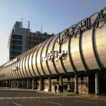 صور| انفجار في خزانين للوقود قرب مطار القاهرة