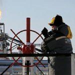 بوتين: تثبيت إنتاج النفط سيكون قرارا صائبا
