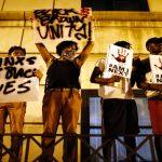 استمرار المسيرات في تشارلوت بعد نشر فيديو إطلاق النار على رجل أسود
