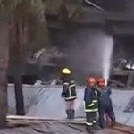مقتل 12 بحريق في مصنع للملابس في بنجلادش