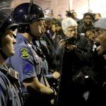 217 أمريكيا من أصول أفريقية قتلوا على يد الشرطة في 2016.. تعرف على أبرز الحوادث