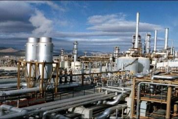 النفط يرتفع بدعم توقعات تمديد اتفاق خفض الإنتاج