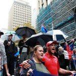 10 آلاف شخص يتظاهرون ضد إغلاق مبكر للحانات في أستراليا