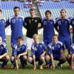 كانيرفا فخور بلاعبي فنلندا لكنه ينتظر لمعرفة مصيره