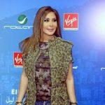 إليسا توقع للجمهور ألبومها الجديد في بيروت
