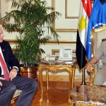 وزير الدفاع المصري يلتقي وفدا من الكونجرس الأمريكي
