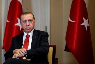 فيديو| أنصار أردوغان يهاجمون محتجين ضده أمام السفارة التركية بواشنطن