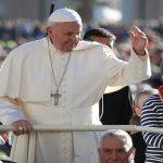 بابا الفاتيكان يدعو إلى هدنة في حلب لإجلاء المدنيين