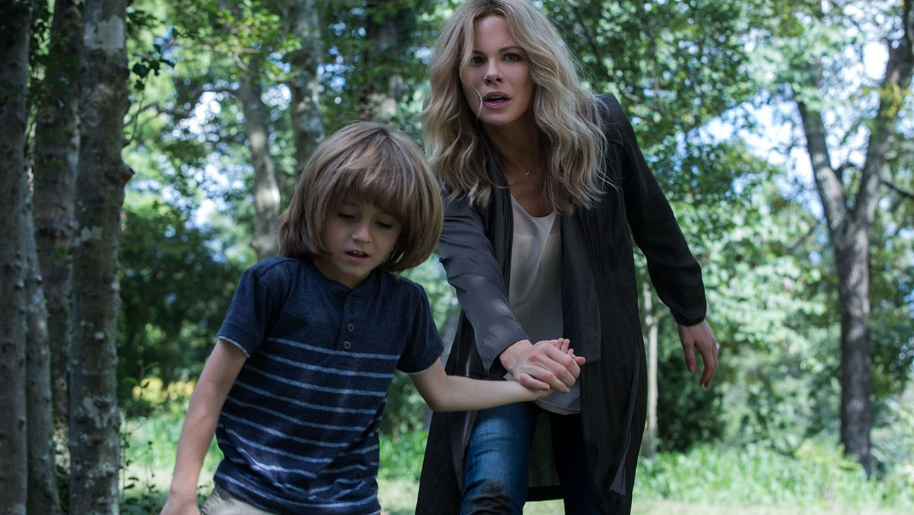 M291 Kate Beckinsale and Duncan Joiner star in Relativity Studios' THE DISAPPOINTMENTS ROOM...Photo Credit: Peter Iovino.Copyright: © 2014 DR Productions, LLC. All Rights Reserved...