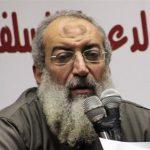 هجوم سلفي على رئيس جامعة القاهرة بعد إلغاء خانة الديانة