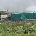 مهاجم يرتدي زي الجيش الأفغاني يقتل ويصيب جنودا دوليين في كابول
