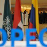 خبراء : دول الخليج لن تسمح بمعاناة جديدة في سوق النفط