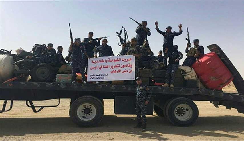 قطعات الشرطة الاتحادية ترفع شعارات تحرير الموصل
