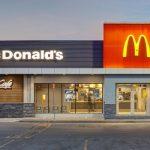 ماكدونالدز تقترب من بيع حقوق امتياز بسنغافورة وماليزيا لشركة سعودية