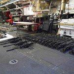 مسؤولون: إيران تصعد إمدادات السلاح للحوثيين باليمن