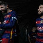 برشلونة يفتقد بيكيه ثلاثة أسابيع وألبا أسبوعين