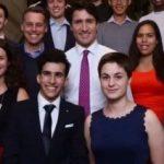 قصة لجوء.. السوري هاني المولية من المخيم إلى مجلس شباب الحكومة الكندية