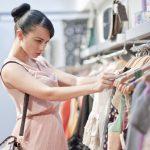 7 أخطاء تقع فيها السيدات أثناء شراء الملابس