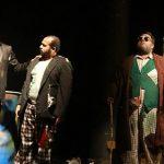 مسرحية «سيلفون» العراقية تتكئ على فيزياء الجسد وترتقي بالقيم الجمالية