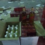 «عصير الليمون» حيلة لتهريب 15 ألف زجاجة خمر إلى السعودية