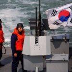 كوريا الجنوبية تعيد 6 من مواطني الشمال بعد إنقاذهم في عرض البحر