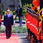 صور  السيسي يصل أوغندا لتعزيز العلاقات بين البلدين