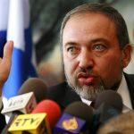 ليبرمان يدعم إقرار قانون يتيح تنفيذ إعدام معتقلين فلسطينيين