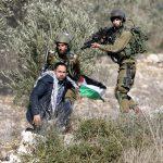 جيش الاحتلال يعتقل فلسطينيا بزعم طعنه مجندة إسرائيلية في غور الأردن